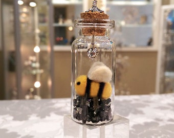 Needle Felted Bee in a Bottle Charm, Message in a Bottle, Glass Bottle Pendant, Felted Bee Pendant
