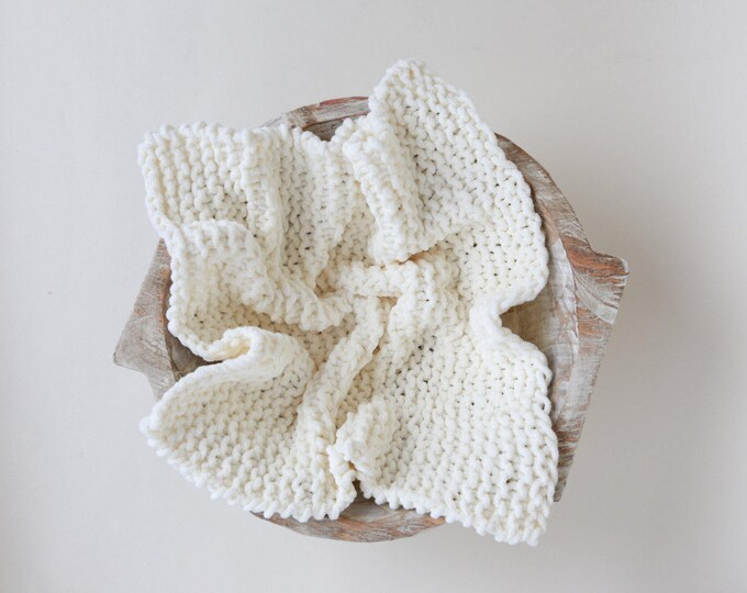 Ivory Chunky Basket Stuffer, for boys of girls handmade, newborn posing, photographer prop, ready to ship, Lil Miss Sweet Pea Boutique