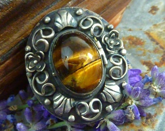 Vintage  MID CENTURY Mexican Tigers Eye Taxco Sterling signed locket Poison Ring