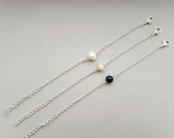 Delicate Pearl Bracelet, Dainty Silver Bracelet, Single Pearl Bracelet, Layered Silver Bracelet, Everyday Bracelet, Minimalist Bracelet