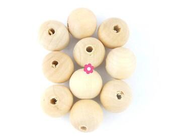 x 10 wooden 20mm round beads
