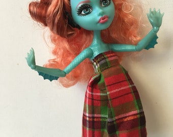 "Monster Dolls ""Scottish Pleats"" Dress for Lorna Mcnessie"