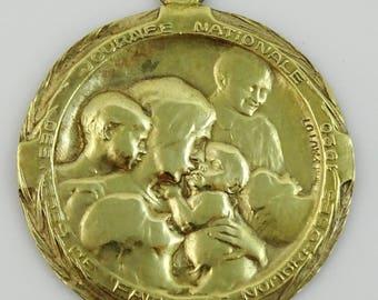 Vintage Religious Medal Journée Nationale des Familles Nombreuses Pautot