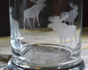 This Hand Made Etched Whisky Glass: Moose Standing and It circles a round the glass!!