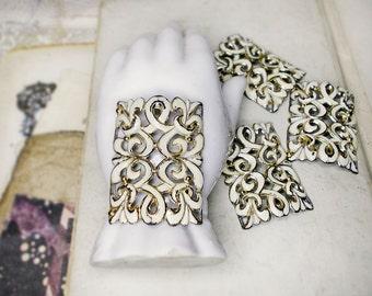 WHITE SALE Vintage Metal Connector | 1 Oxidized Bold Rectangle Bracelet Focal | Cream Enamel Scrolls, Ajoure | 49mm x 38mm | Fancy Antiqued