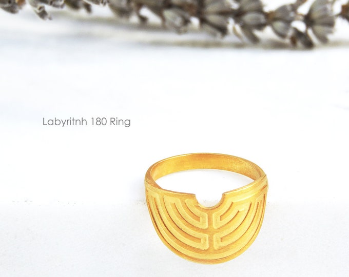 Labyrinth 180 Ring