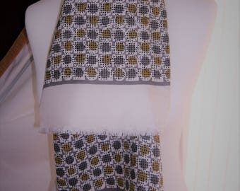 1960's Vintage Green, Mustard and Cream Patterned Scalf