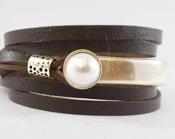 Leather bracelet, boho bracelet, wrap bracelet, leather, bracelet, wrap bracelet, boho jewelry, pearls, wrap bracelet, indie leather