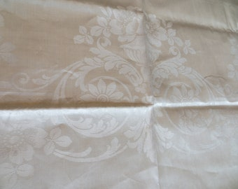 Beautiful UNUSED Vintage Cream Colored Damask Tablecloth Made in Ireland Floral Border