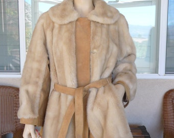 Vintage Lilli Ann Coat ~ Tan Faux Fur & Tan Suede Jacket ~ Satin Lining, Size Medium ~ 1970's Lilli Ann London Leathers, Made In England