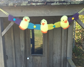 Knitted Duckling Decoration