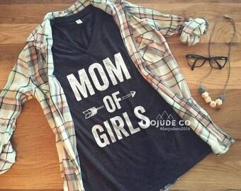 Mom of Girls ©