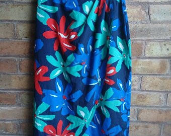Vintage bold floral print tulip skirt