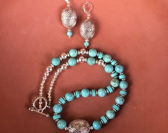 Turquoise-Tone and Cultural Stlye Accent