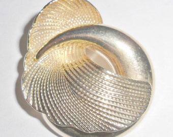Cool unusual petite vintage modernist style Bluette France goldtone shoe or scarf clip