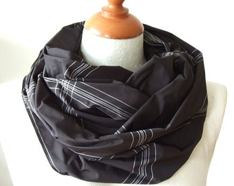 Unisex Infinity scarf, black & white plaid scarf, gift mens, loop circle cowl scarf, Father's Day gift under 20, goth scarf, spring cowl