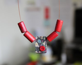 Red floral and shell reversible wooden bead necklace