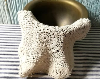 Vintage Hand Crochet Cotton Doily, Shabby Cottage, Arts Crafts Collage Project, Vintage Ephemera, Crochet Doily