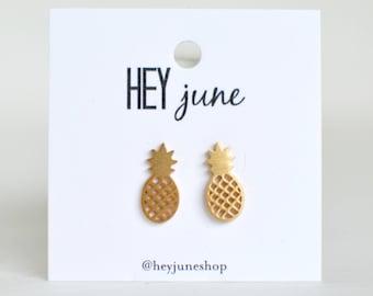 Pineapple stud earrings, pineapple earrings, gold pineapple earrings, summer earrings, minimalist earrings, silver pineapple earrings
