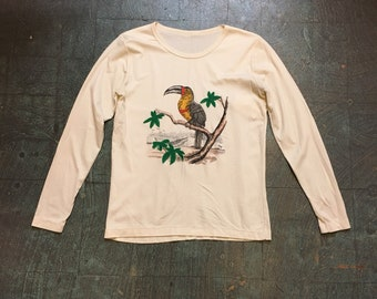 Vintage 70s tropical toucan jungle beach pullover //  size medium // unisex retro spring long sleeve