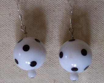 Vintage bead pokadot earrings