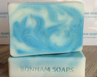 Bergamot, Rosewood & Patchouli moisturising handmade soap. Colour Splash. Made in the UK. Natural oils and Essential oils. Vegan Friendly.
