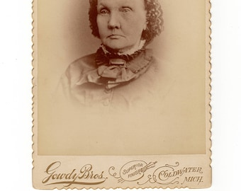 Old woman, antique cabinet card photo