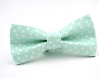 Bowtie in Mint Polka Dot, Mint Bow Tie, Blue-Green Mint Bow Tie, Groomsmen Bow Tie, Wedding Bowties, Adjustable Bow Tie