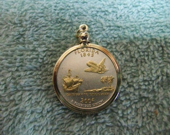 Coin Bezel Pendant Florida Statehood Quarter Jewelry - Gold and Silver Necklace Pendant
