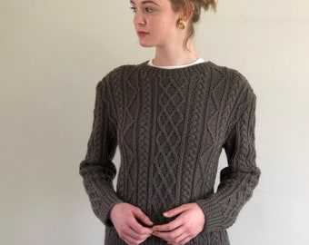 vintage hand knit cable knit fisherman sweater / soft hand made aran sweater / olive cable knit pullover | S M