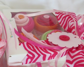 Bib and Bodysuit Cupcakes Gift Set for Baby Girl