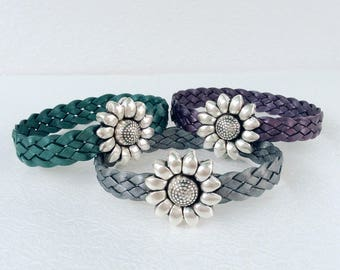 Braided leather daisy bracelet