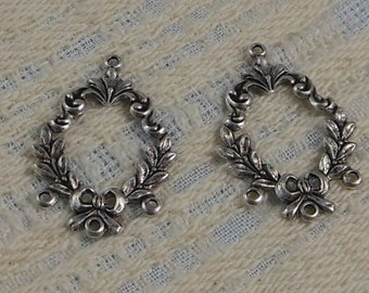 LuxeOrnaments Antique Sterling Silver Filigree Wreath Pendant (Qty 2) 28x20mm S-5506-S