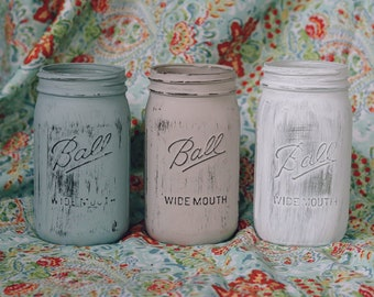 Set of 3 Distressed Mason Jars