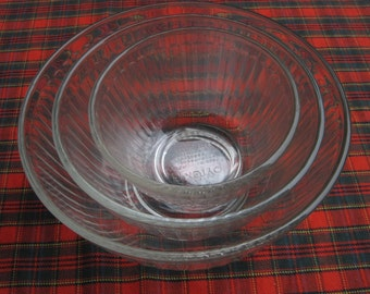 Pyrex Clear Ribbed Nesting Bowl Set, Set of 3