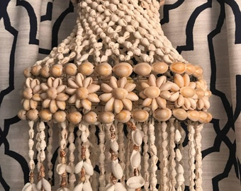 "42"" Long Vintage White And Beige Seashell Chandelier Windchime - 1960's 1970's - Macrame"