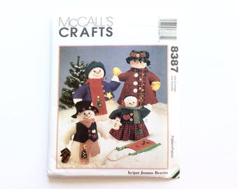 McCall's 8387 Snow Family Pattern, Snowman, Snow Woman, Snow Boy, Snow Girl Patterns, Snow Toy, Dolls and Clothes, Vintage Uncut Pattern