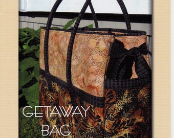 """GetAway Bag   Size:  20"""" Wide  X 18"""" Tall     By-  Aunties Two Patterns"""