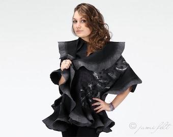 Felted wavy ruffled shawl - Grey fashion - Handmade wool and silk - DHL Express shipping