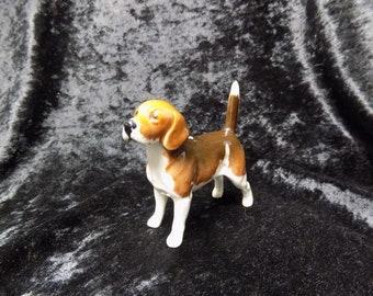 Beautiful Beswick beagle dog figurine in fantastic condition