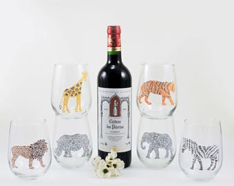 Giraffe Tiger Lion Rhino Elephant Zebra glasses, Safari gift, Wildlife lover, Jungle animal, Hand painted stemless wine glasses