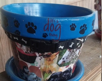 "8"" decopuaged dog planter"