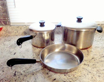 Revere Ware cookware Set 9 inch fry pan 3 qt. sauce pan  6 qt. stock pot Revere ware 1801 made in the USA