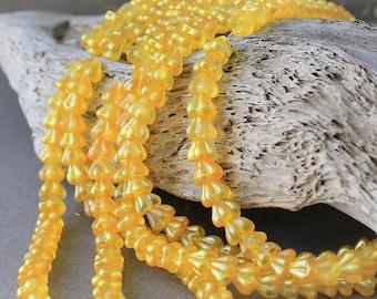 Flower Czech glass Beads 30Pc, Czech Glass Yellow Flower Beads, Czech Glass, Bell Flower Bead, Pressed Glass, Czech Glass Beads, Czech Beads