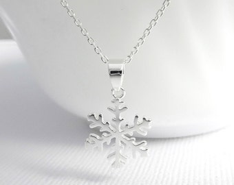 Winter Necklace, Christmas Necklace, Snowflake Necklace, Sterling Silver Snowflake Necklace, Christmas Gift, Bridesmaid Gift Necklace