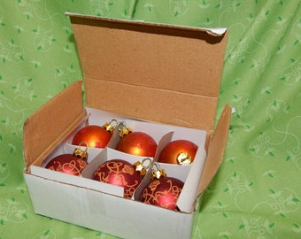 6 Small Red and Gold Plastic Christmas Tree Ball ornaments with Tassel design