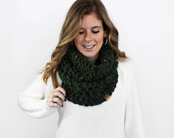 Knit Scarves, Chunky Knitted Scarf, Infinity Loop, Kale- Calvert Cowl