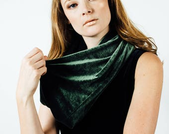 Forest Green Velvet Scarf - Smaller Cowl