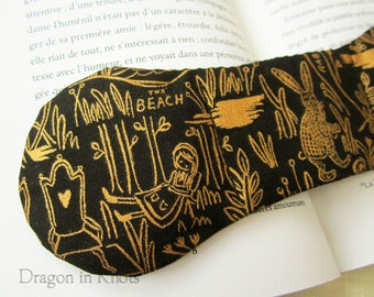 Wonderland Book Weight - black and gold bookish page holder, Alice and the White Rabbit reading aid, literary accessory, booklover gift