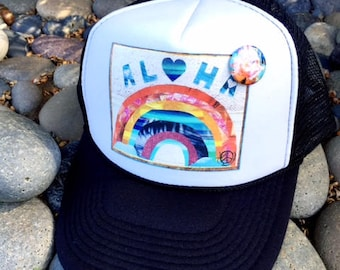 NEUE Trucker Hat ALOHA Regenbogen, limitierte Auflage w/Stift zurück, Aloha, Strand, Surf, Hawaii, One Size Fits All, Schaum Trucker Mütze, Best Seller